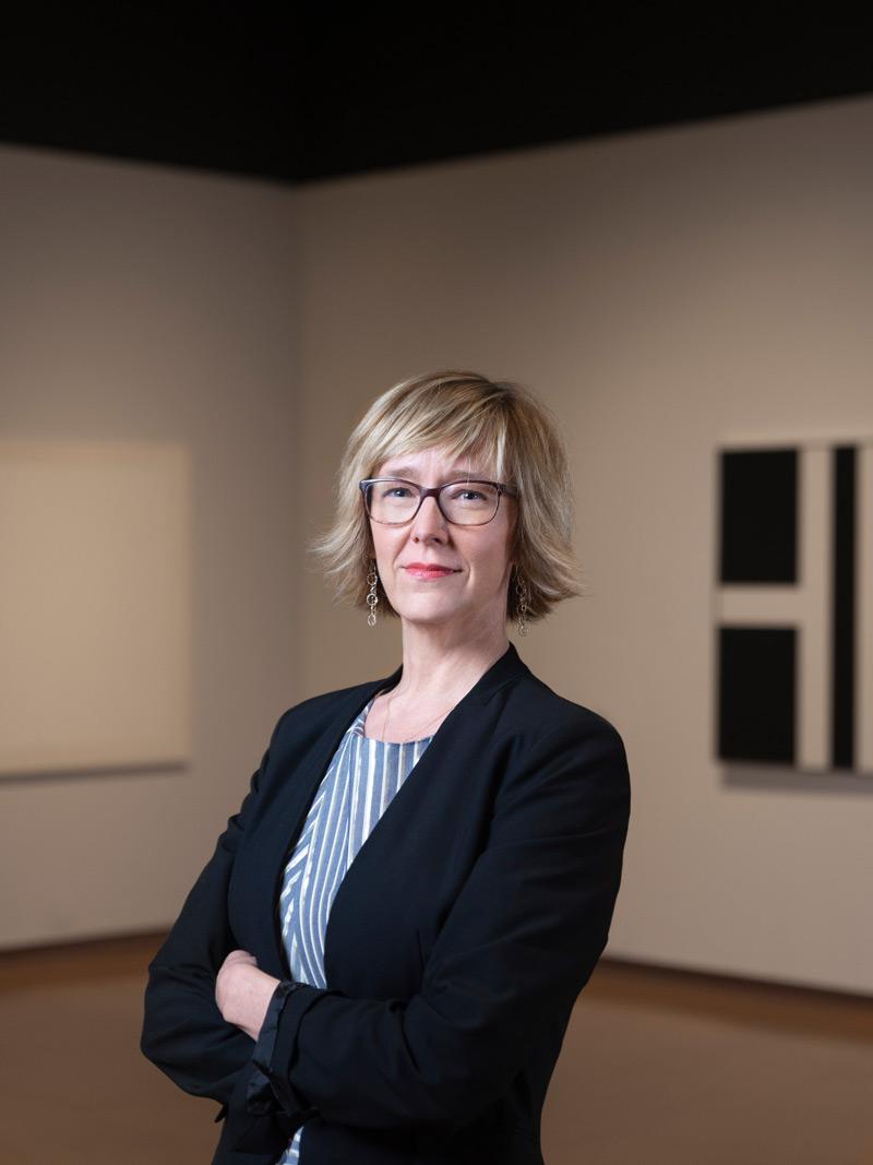 Photographer Presentation Moderator, Mary Statzer, Ph.D. portrait © Stefan Jennings Batista
